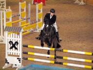 Karīna ar zirgu Laviņš