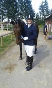 Sindija Blicāne ar zirgu Lakrica. Pirms sacensībām, vel nenojaušot, ka sasniegs tik lielisku rezultātu 69.14% un pirmo vietu!
